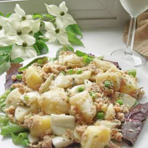 Salata sa tunjevinom i krompirom