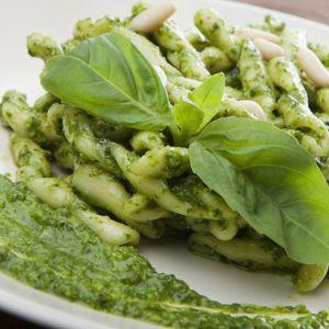 Zelena pasta sa pesto sosom